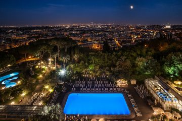 FRONT COVER Roem Cavalieri View over Rome from Hotel Terrace