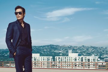 Feature Image Lee Byung-hun photo by Ssam Kim Suit,shirt,shoes - Dior Homme Sunglasses- Saint Laurent Glass Magazine 28 Men - Equality - 4