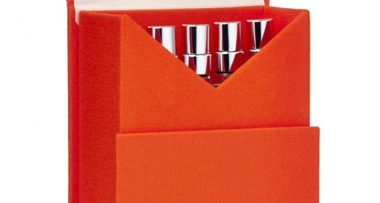 Travel Spray Box Open