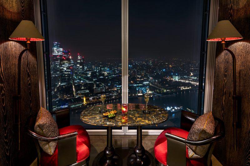 Shangri-La Hotel, At The Shard, London, GONG Bar by night