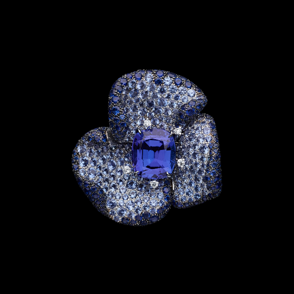 Dior RoseDior High Jewellery Collection